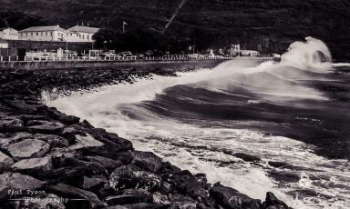 James Bay Waves 2
